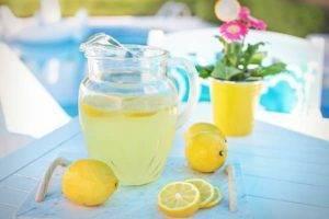 Domácí citronová limonáda recept